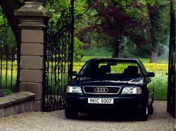 Audi A6 I (C4) Седан