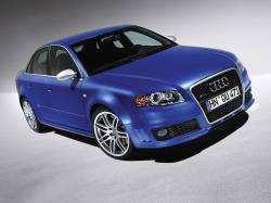 Audi RS4 II (B7) Седан