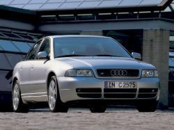 Audi S4 I (B5) Седан