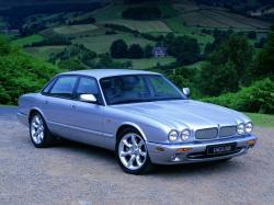 Jaguar XJR II (X308)