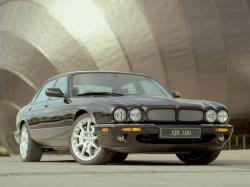 Jaguar XJR III (X350)