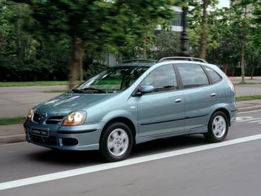 Nissan Almera Tino I Рестайлинг Минивэн
