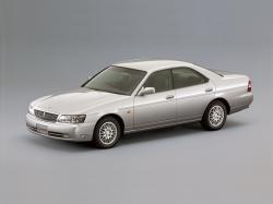 Nissan Laurel VIII (C35)