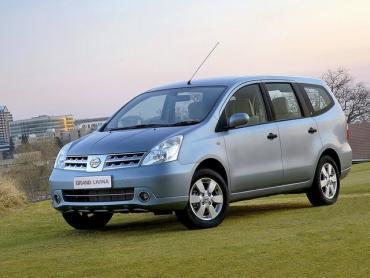 Nissan Livina I Минивэн Grand