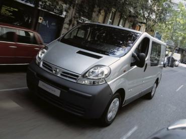 Nissan Primastar I Минивэн