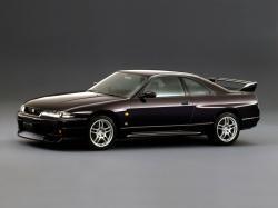 Nissan Skyline IX (R33) Купе
