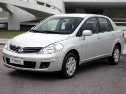 Nissan Tiida I Рестайлинг Седан