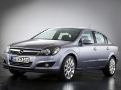 Opel Astra H Рестайлинг Седан