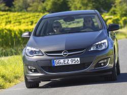 Opel Astra J Рестайлинг Седан