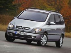 Opel Zafira A Рестайлинг