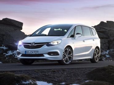 Opel Zafira c Рестайлинг Минивэн
