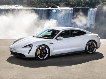 Porsche Taycan I I Седан