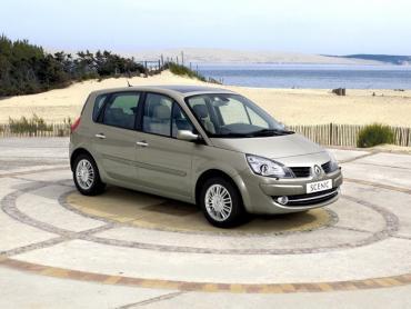 Renault Scenic II рестайлинг Компактвэн