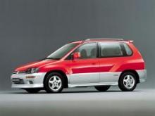 Mitsubishi Space Runner